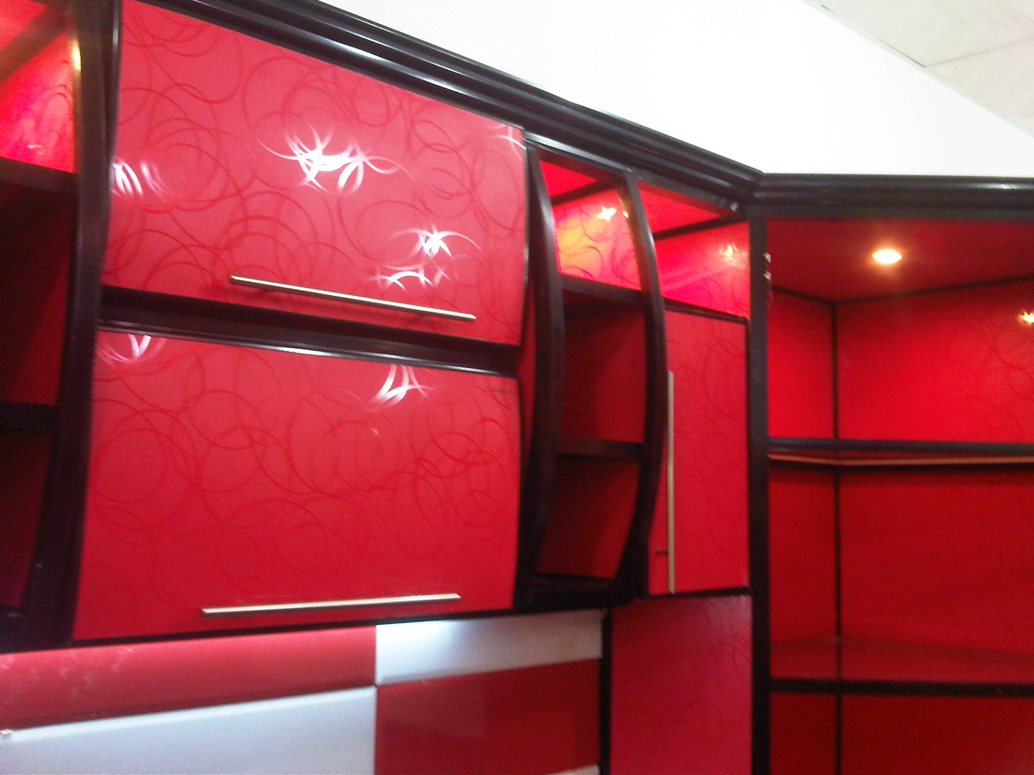Uaeshops Red And Black Aluminum Kitchen Cabinets By Adriatic Kitchens The Largest Shop Database In Uae