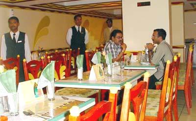 Kamat Restaurants - 2.jpg